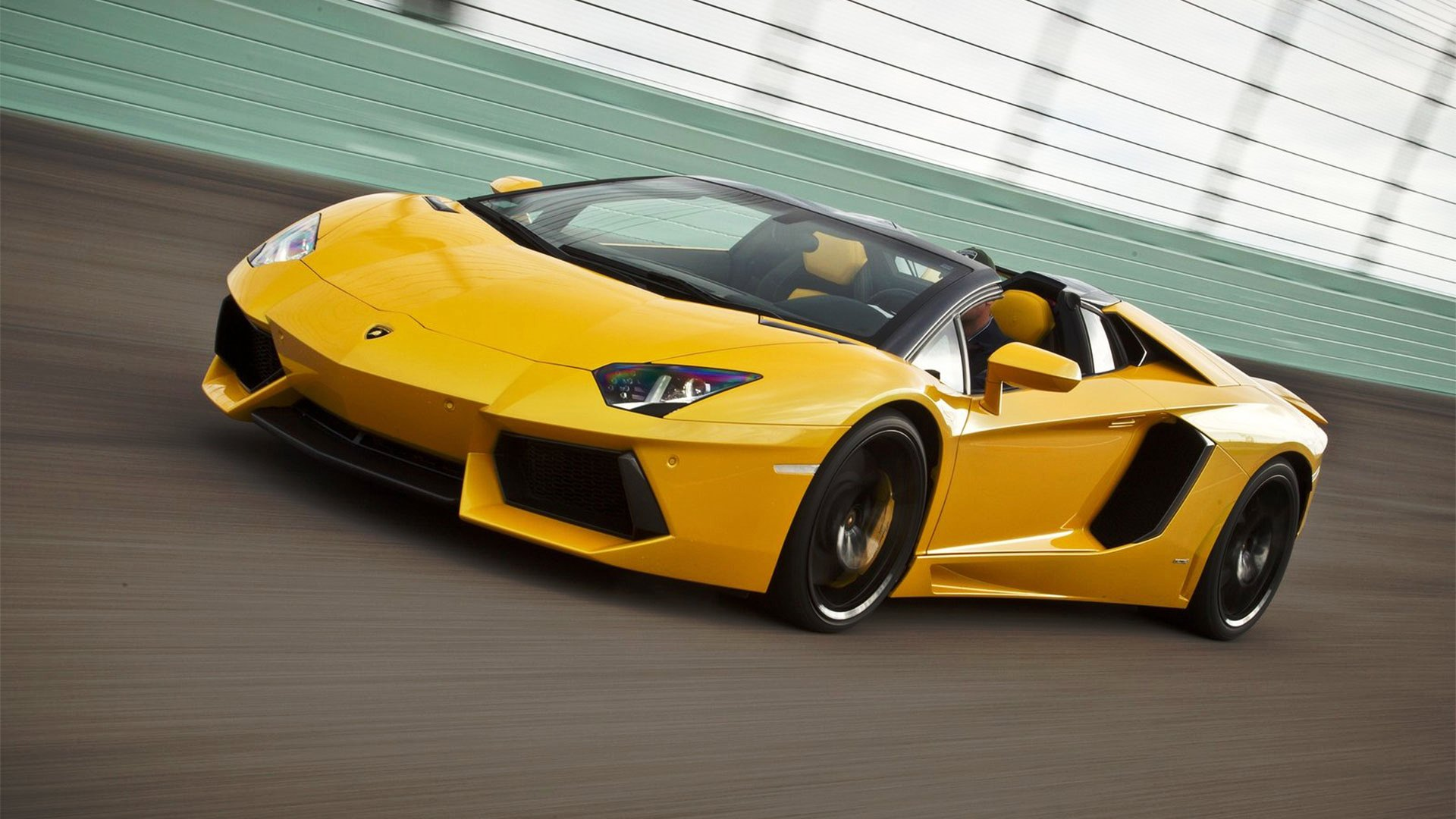 sellanycarcom sell your car in 30minlamborghini aventador 2014 65l v12 coupe sellanycarcom sell your car in 30min