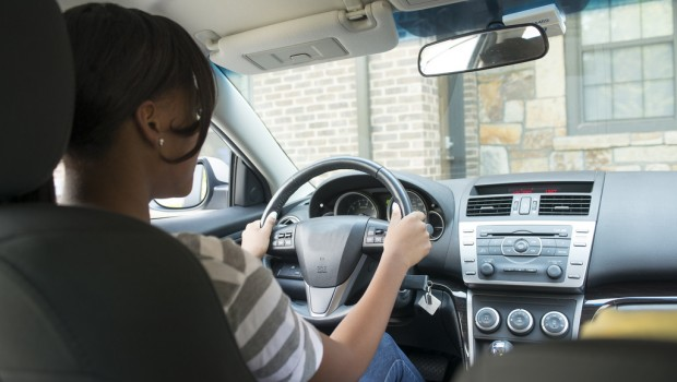 Guide for getting a driving license in Dubai