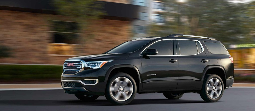sell your car in gmc acadia the jack of all trades suv. Black Bedroom Furniture Sets. Home Design Ideas