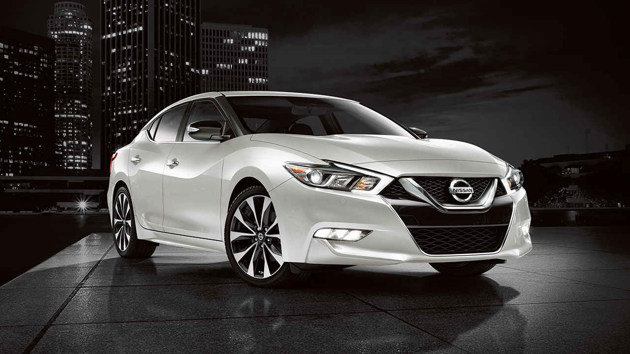 sell your car in nissan maxima stylish sport sedan with an edgy. Black Bedroom Furniture Sets. Home Design Ideas