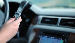 Dubai Police Warns Motorists against Using Mobile Phone While Driving