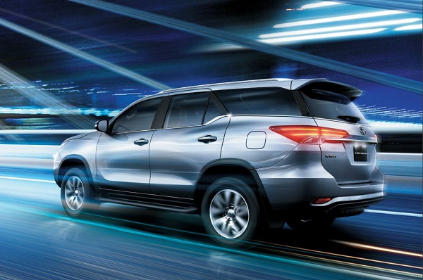 SellAnyCar com – Sell your car in 30min 2019 Toyota Fortuner