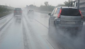 What Can Motorists Learn from Recent Torrential Rain in Dubai?